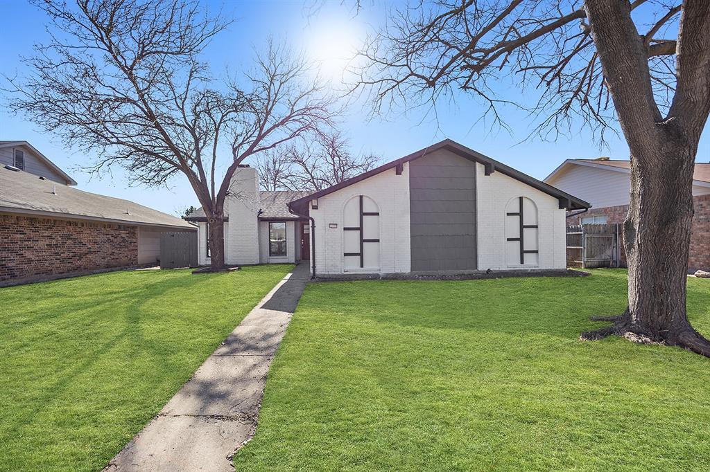 2710 Forest Park Drive, Garland, Texas 75040 - acquisto real estate best allen realtor kim miller hunters creek expert