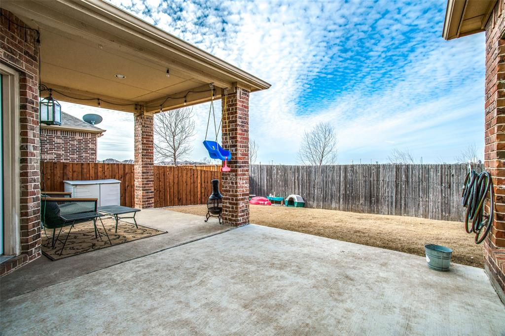 2523 Appaloosa Lane, Celina, Texas 75009 - acquisto real estate best realtor foreclosure real estate mike shepeherd walnut grove realtor