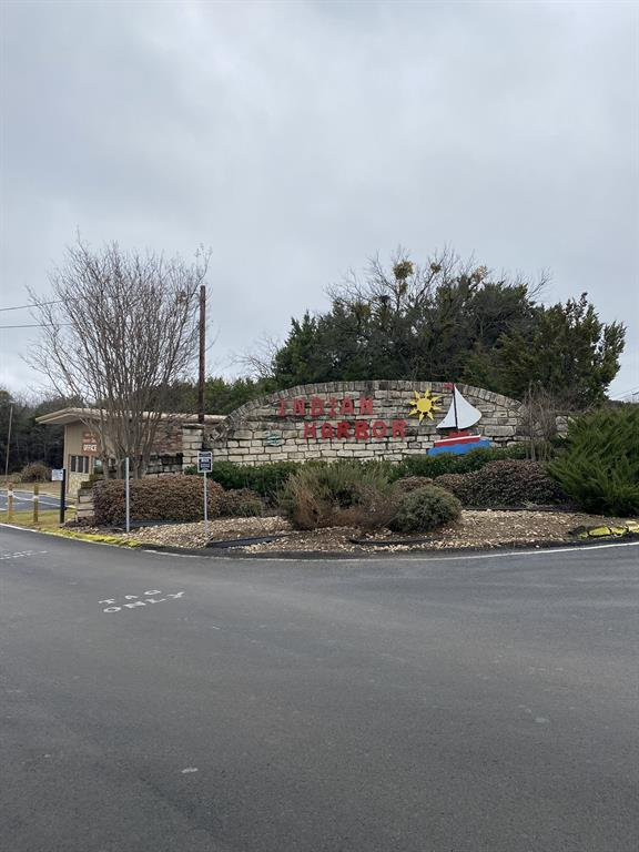 1306 Apache Trail, Granbury, Texas 76048 - Acquisto Real Estate best frisco realtor Amy Gasperini 1031 exchange expert