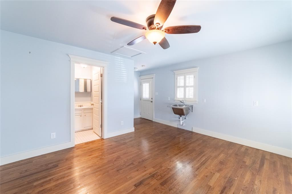1325 Fairmount Avenue, Fort Worth, Texas 76104 - acquisto real estate agent of the year mike shepherd