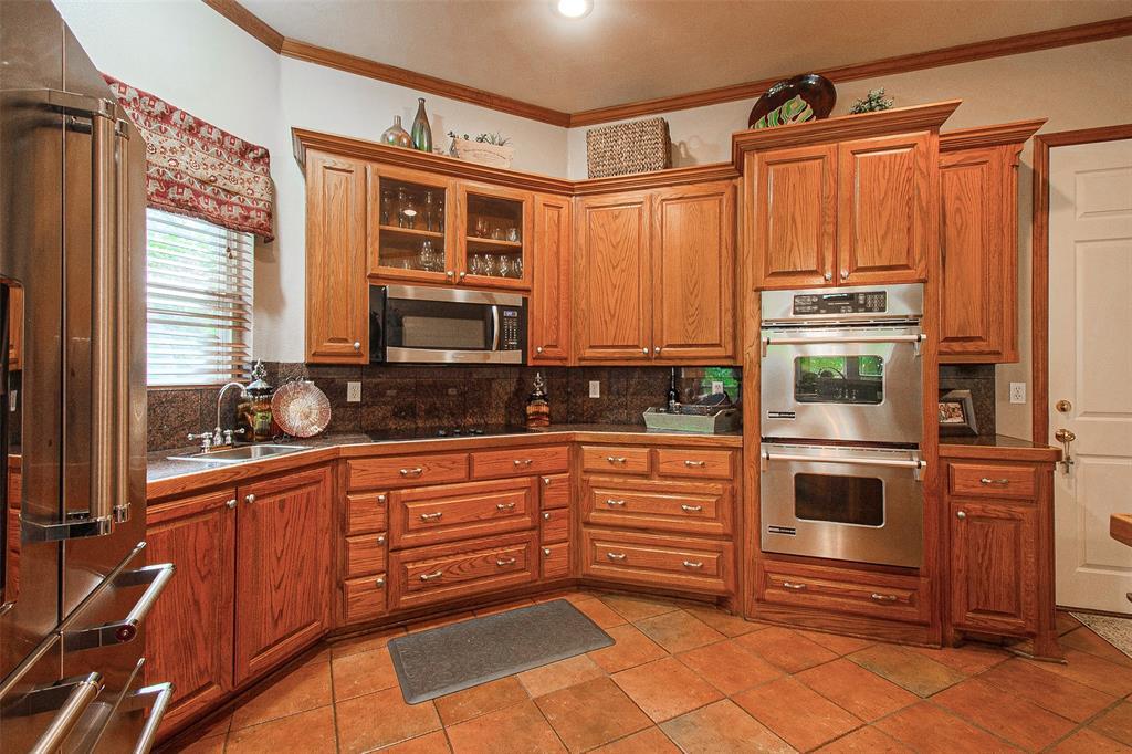 363 Preakness  Place, Van Alstyne, Texas 75495 - acquisto real estate best designer and realtor hannah ewing kind realtor