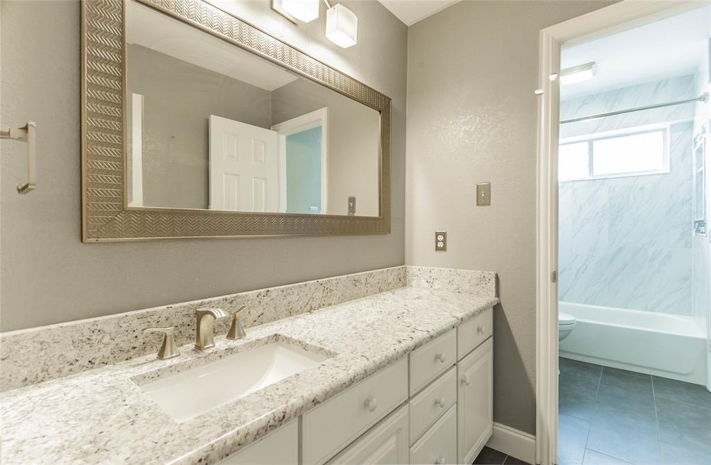 529 Salisbury Drive, Grand Prairie, Texas 75052 - acquisto real estate best listing photos hannah ewing mckinney real estate expert