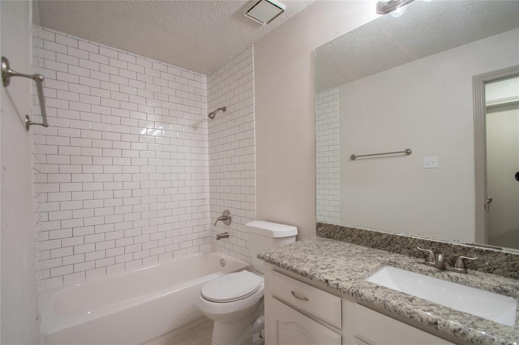 2105 Cologne Drive, Carrollton, Texas 75007 - acquisto real estate best listing agent in the nation shana acquisto estate realtor