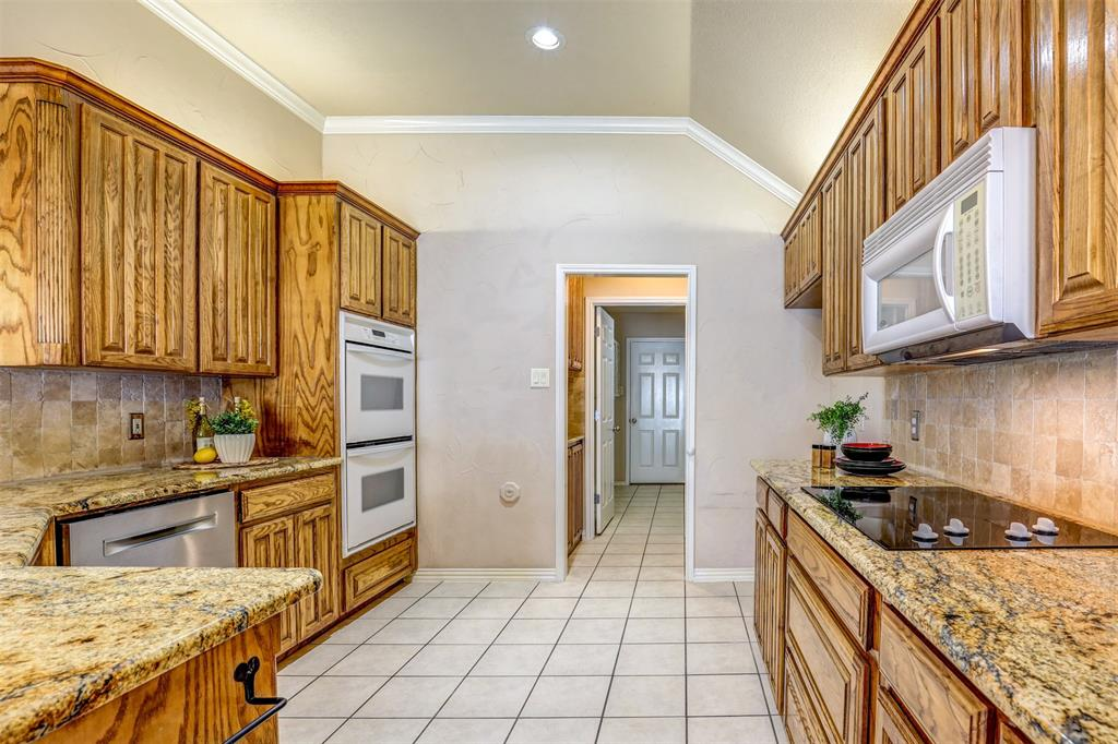 7029 Ridge Crest  Drive, North Richland Hills, Texas 76182 - acquisto real estate best flower mound realtor jody daley lake highalands agent of the year