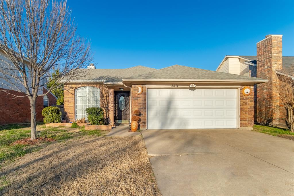 3314 Wilmington  Drive, Grand Prairie, Texas 75052 - Acquisto Real Estate best plano realtor mike Shepherd home owners association expert