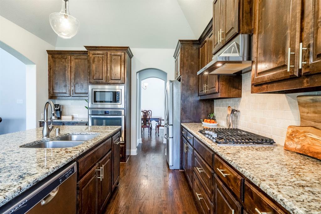 837 Fireside  Drive, Little Elm, Texas 76227 - acquisto real estate best designer and realtor hannah ewing kind realtor