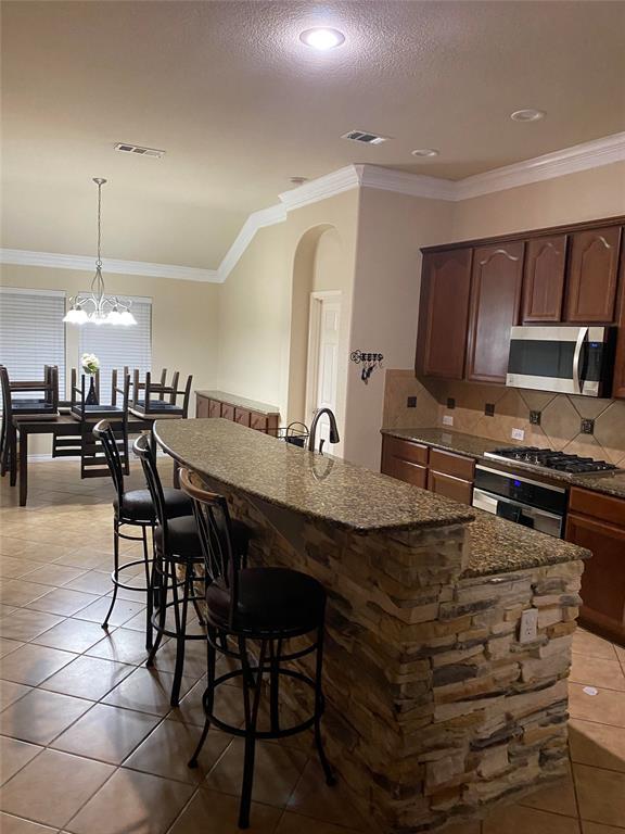 2207 Clark Trail, Grand Prairie, Texas 75052 - acquisto real estate best the colony realtor linda miller the bridges real estate