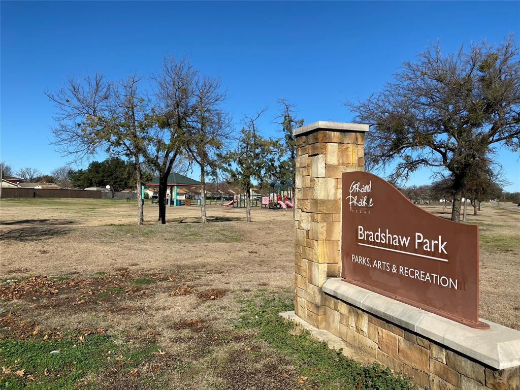 58 Mountain Creek Court, Grand Prairie, Texas 75052 - acquisto real estate mvp award real estate logan lawrence