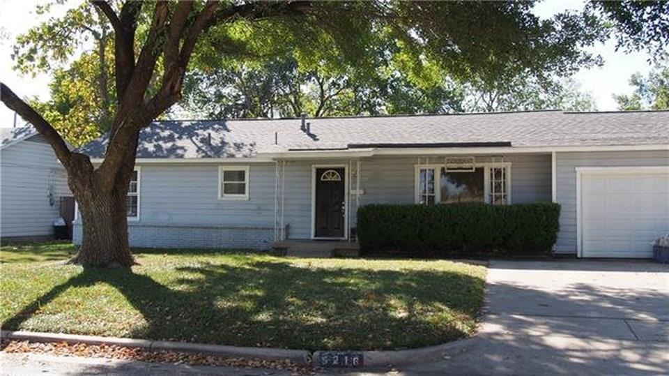 5216 Mallory Drive, Haltom City, Texas 76117 - Acquisto Real Estate best plano realtor mike Shepherd home owners association expert