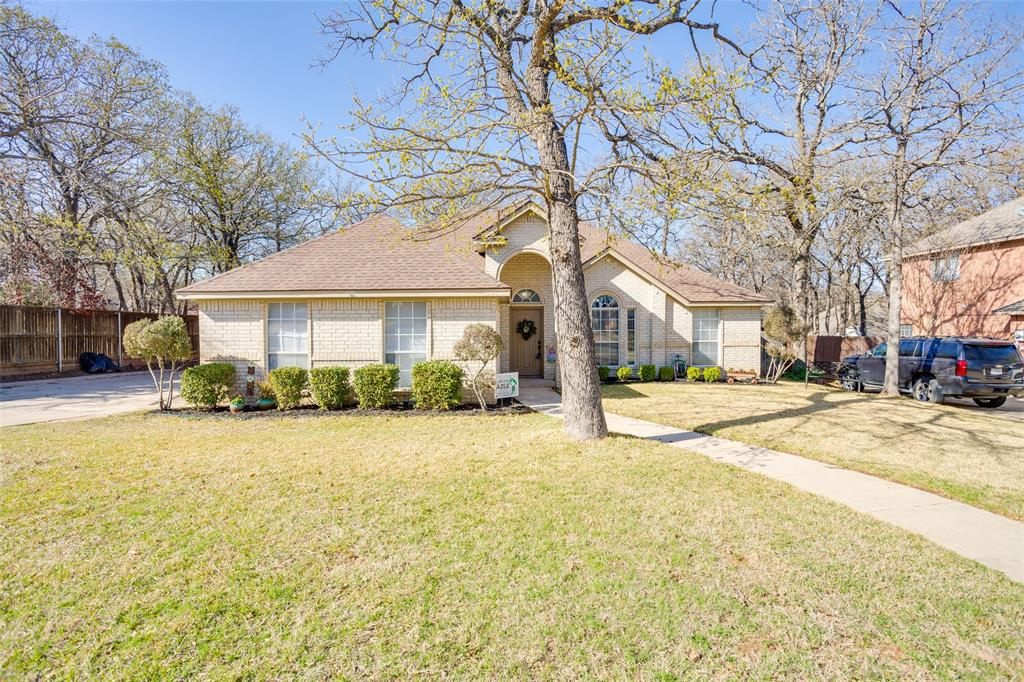 1341 Spinnaker Lane, Azle, Texas 76020 - acquisto real estate mvp award real estate logan lawrence