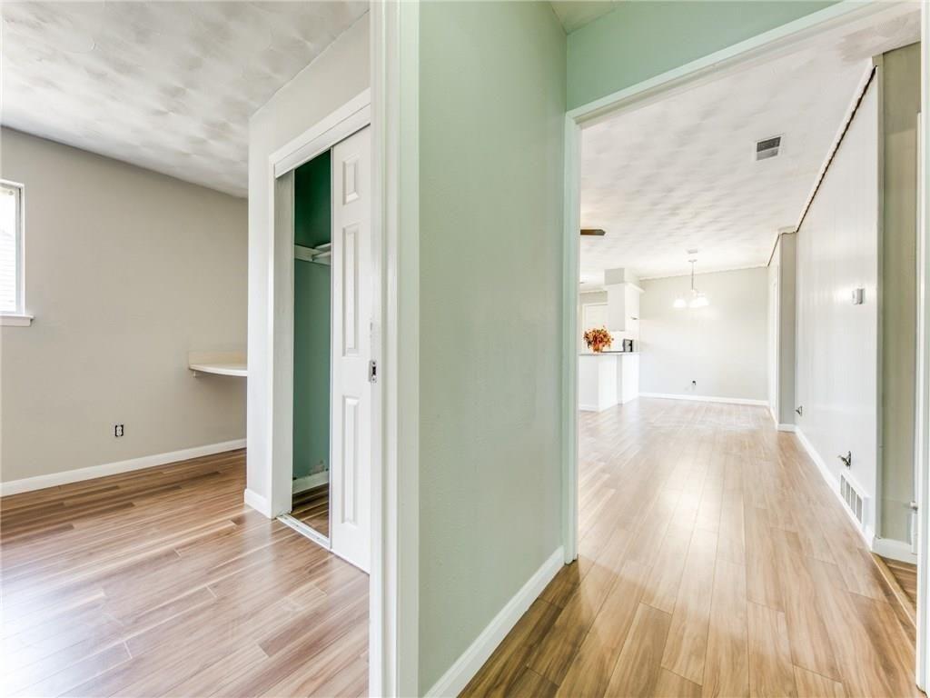 3044 Cliff Creek  Drive, Dallas, Texas 75233 - acquisto real estate best the colony realtor linda miller the bridges real estate