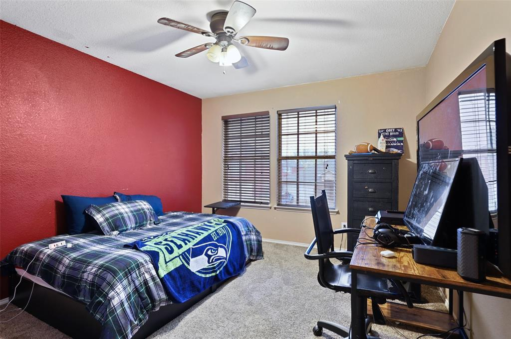 1137 Whistle Stop Drive, Saginaw, Texas 76131 - acquisto real estate best realtor westlake susan cancemi kind realtor of the year