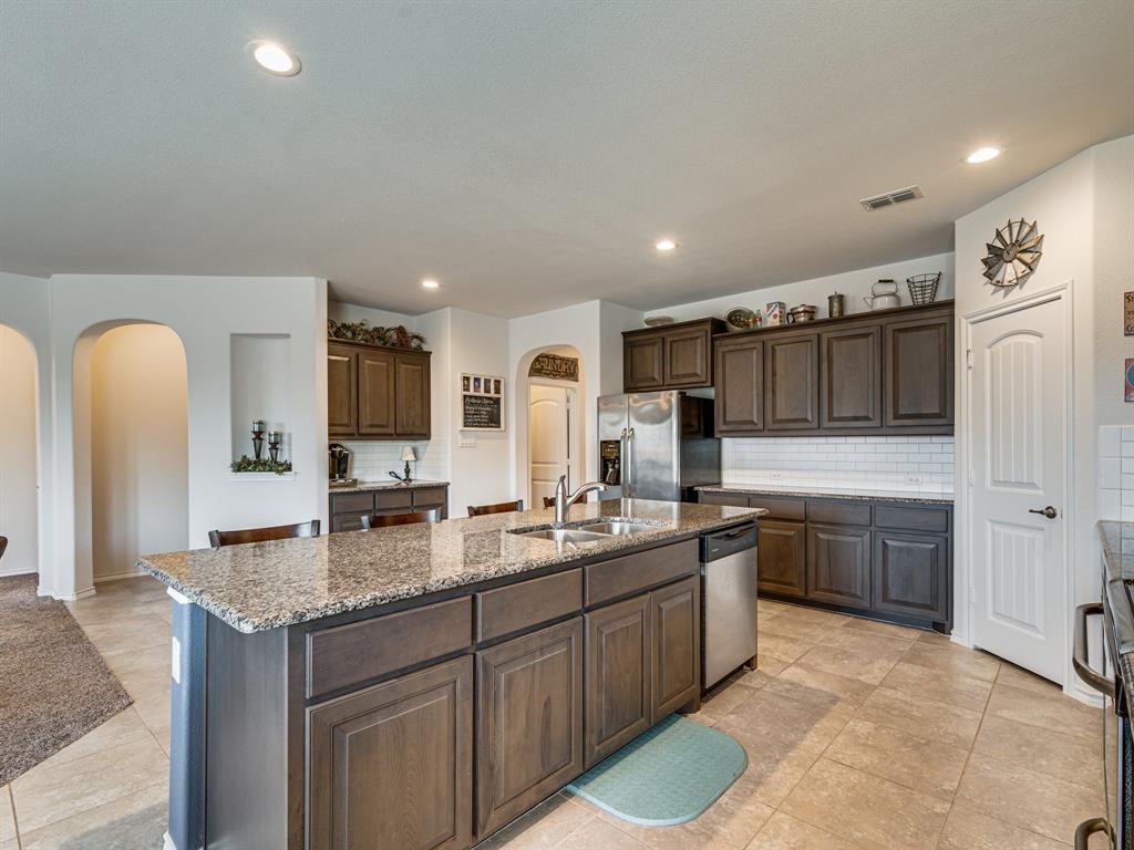 1725 Cross Creek Lane, Cleburne, Texas 76033 - acquisto real estate best luxury buyers agent in texas shana acquisto inheritance realtor