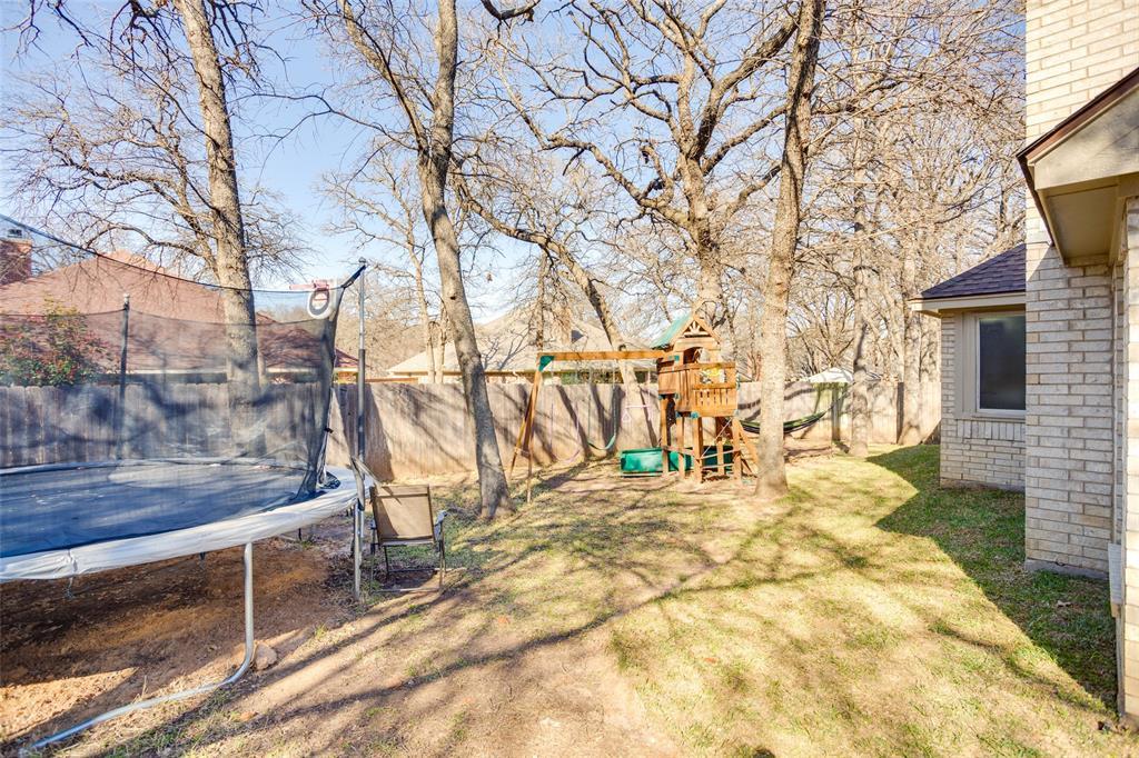 1341 Spinnaker Lane, Azle, Texas 76020 - acquisto real estate best park cities realtor kim miller best staging agent