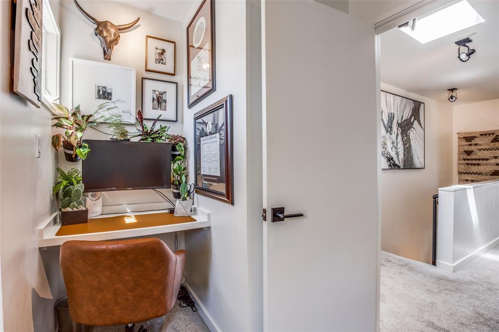 4251 Buena Vista Street, Dallas, Texas 75205 - acquisto real estate best investor home specialist mike shepherd relocation expert