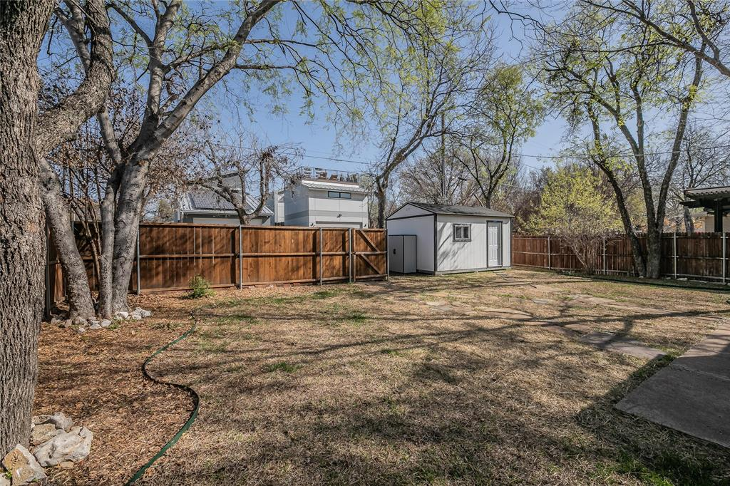 5136 Collinwood Avenue, Fort Worth, Texas 76107 - acquisto real estate best relocation company in america katy mcgillen