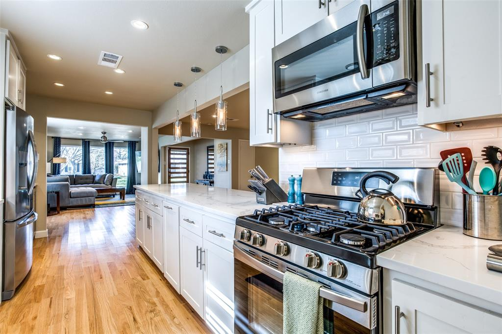 8474 Swift  Avenue, Dallas, Texas 75228 - acquisto real estate best designer and realtor hannah ewing kind realtor