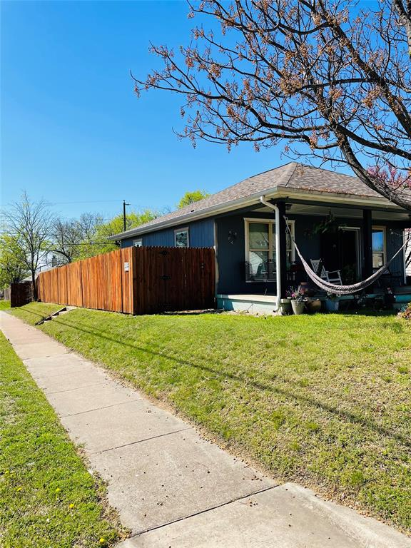 1126 Morningside Drive, Fort Worth, Texas 76104 - Acquisto Real Estate best plano realtor mike Shepherd home owners association expert
