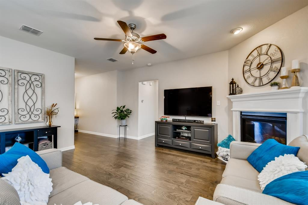 9245 Flying Eagle  Lane, Fort Worth, Texas 76131 - acquisto real estate best real estate company to work for