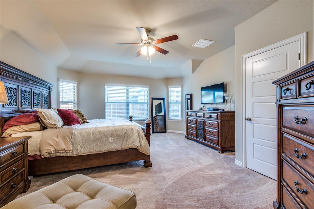 1805 Steppe Trail Drive, Aubrey, Texas 76227 - acquisto real estate best investor home specialist mike shepherd relocation expert