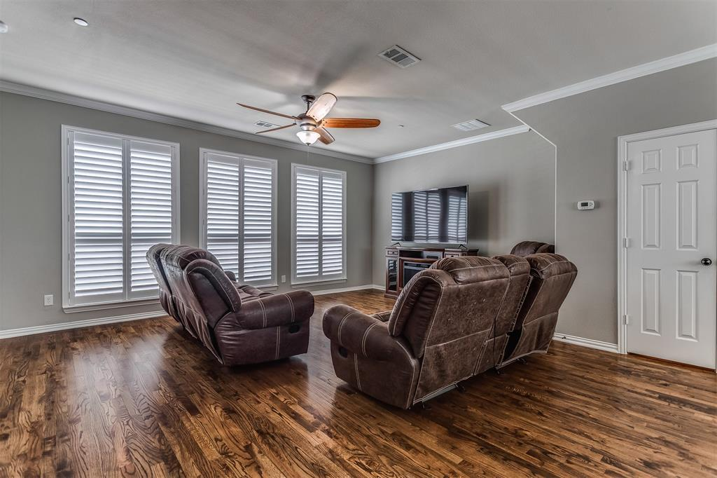 2700 Club Ridge  Drive, Lewisville, Texas 75067 - acquisto real estate best investor home specialist mike shepherd relocation expert