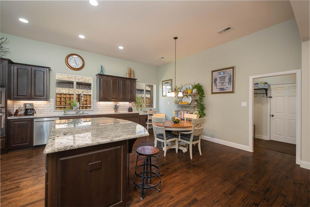 7506 Spruce  Lane, Sachse, Texas 75048 - acquisto real estate best the colony realtor linda miller the bridges real estate