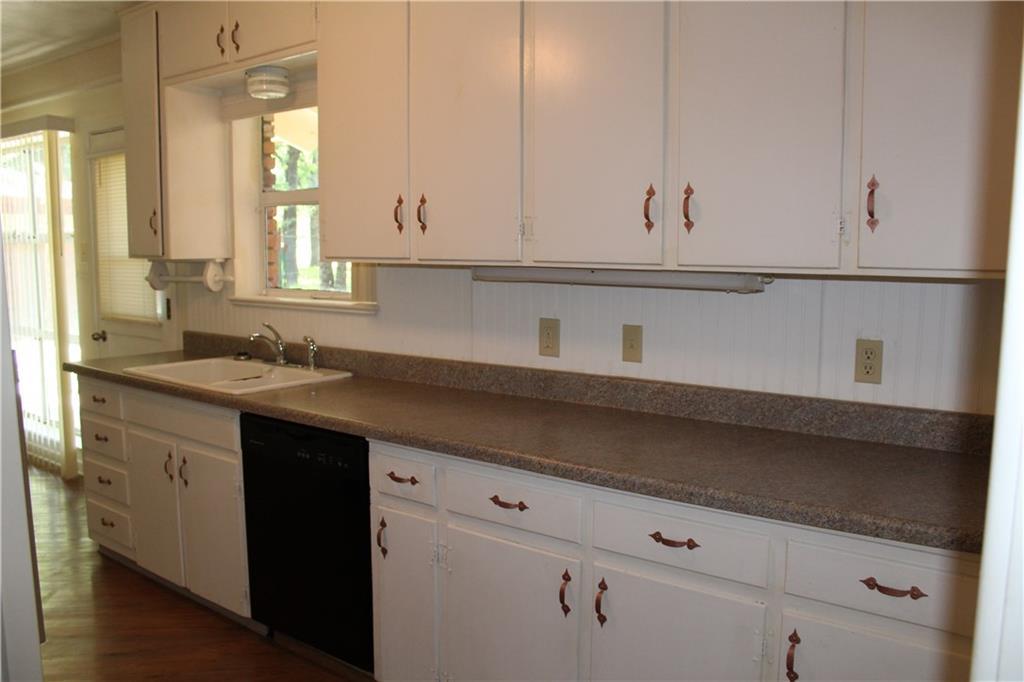 732 Briarwood Lane, Hurst, Texas 76053 - acquisto real estate best luxury buyers agent in texas shana acquisto inheritance realtor