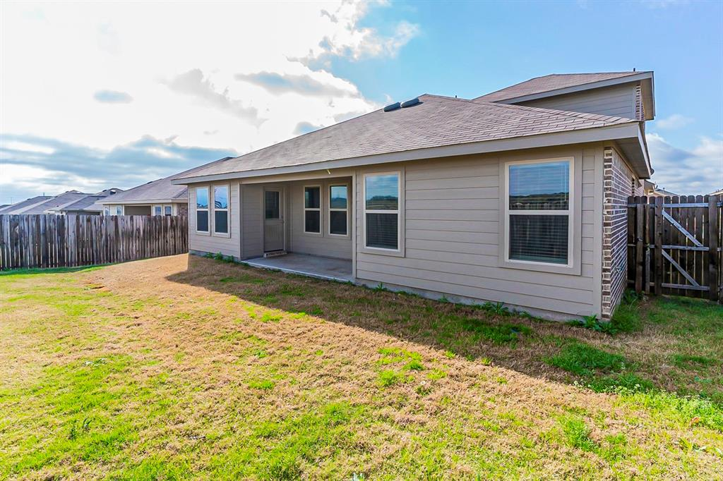 452 Saguaro  Drive, Fort Worth, Texas 76052 - acquisto real estate best prosper realtor susan cancemi windfarms realtor