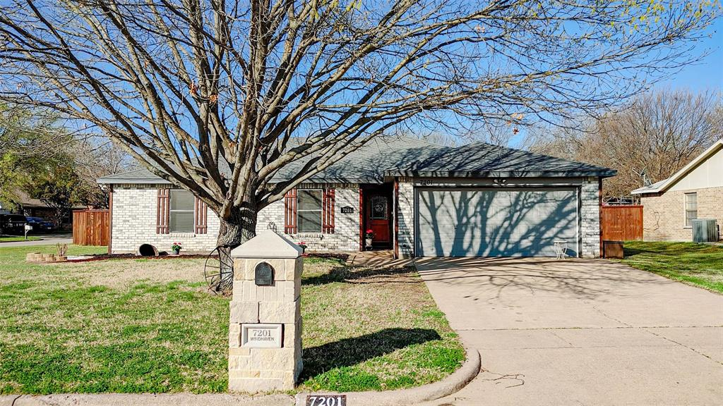 7201 Windhaven  Road, North Richland Hills, Texas 76182 - Acquisto Real Estate best plano realtor mike Shepherd home owners association expert