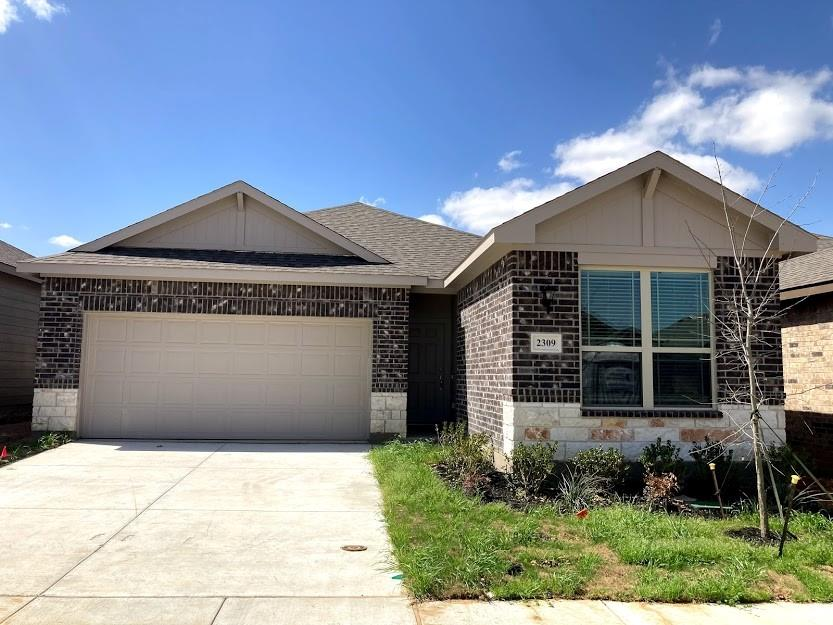 2309 Courtney Way, Lewisville, Texas 75067 - Acquisto Real Estate best plano realtor mike Shepherd home owners association expert