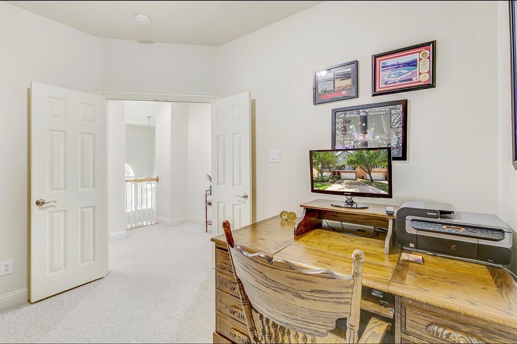 5800 La Vista Drive, Dallas, Texas 75206 - acquisto real estate best realtor dallas texas linda miller agent for cultural buyers