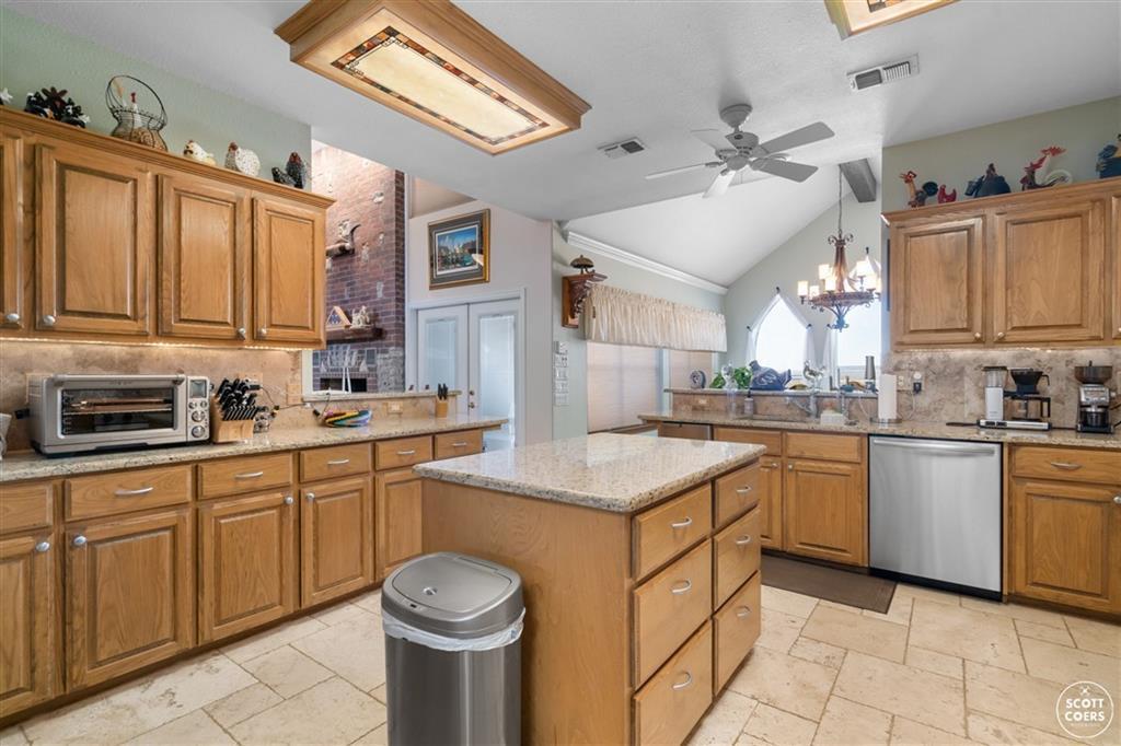 312 Lori Lane, Brownwood, Texas 76801 - acquisto real estate best designer and realtor hannah ewing kind realtor