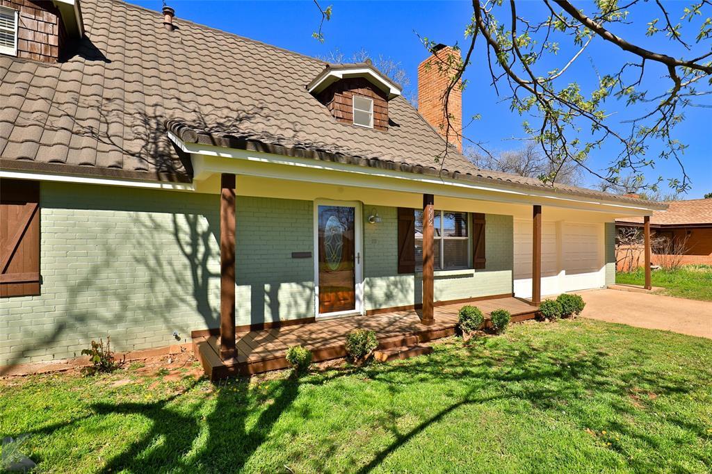 1902 Beechwood Lane, Abilene, Texas 79603 - acquisto real estate best the colony realtor linda miller the bridges real estate