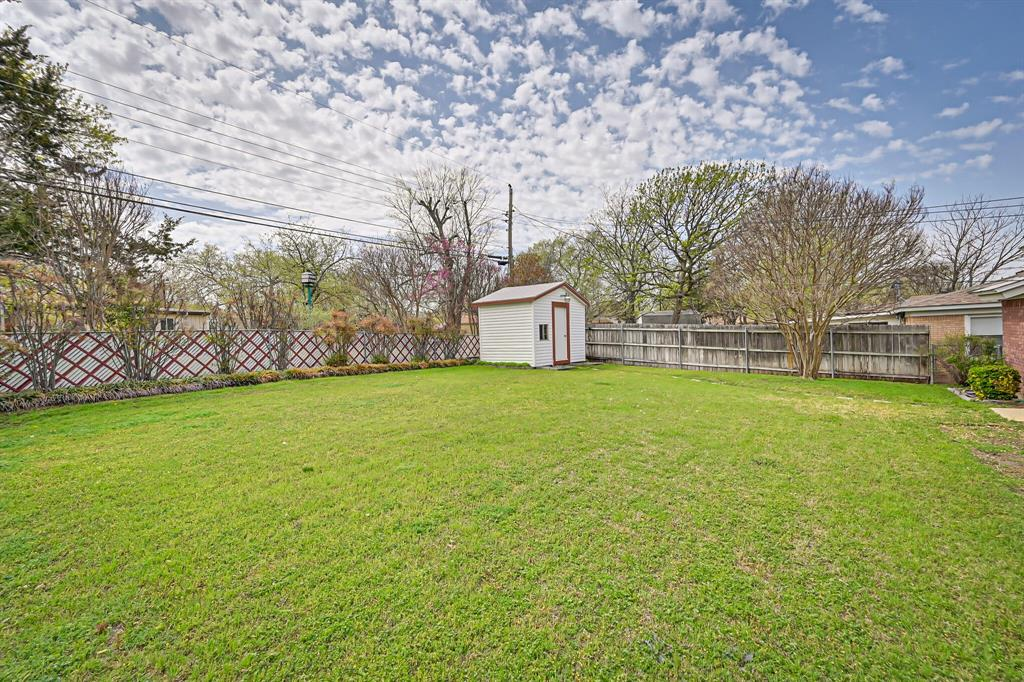 409 Kimbrough Street, White Settlement, Texas 76108 - acquisto real estaet best boutique real estate firm in texas for high net worth sellers
