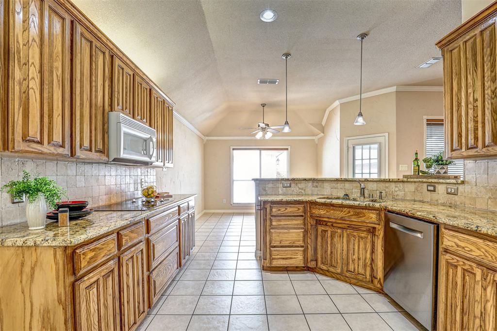 7029 Ridge Crest  Drive, North Richland Hills, Texas 76182 - acquisto real estate best celina realtor logan lawrence best dressed realtor