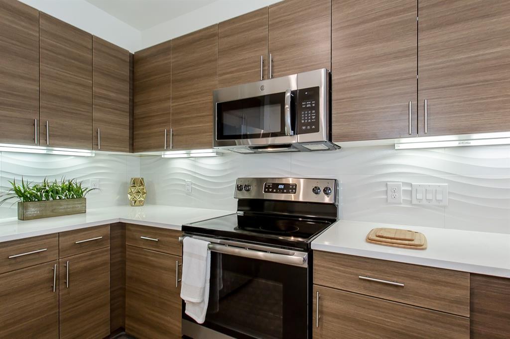 200 Bishop Avenue, Dallas, Texas 75208 - acquisto real estate best the colony realtor linda miller the bridges real estate