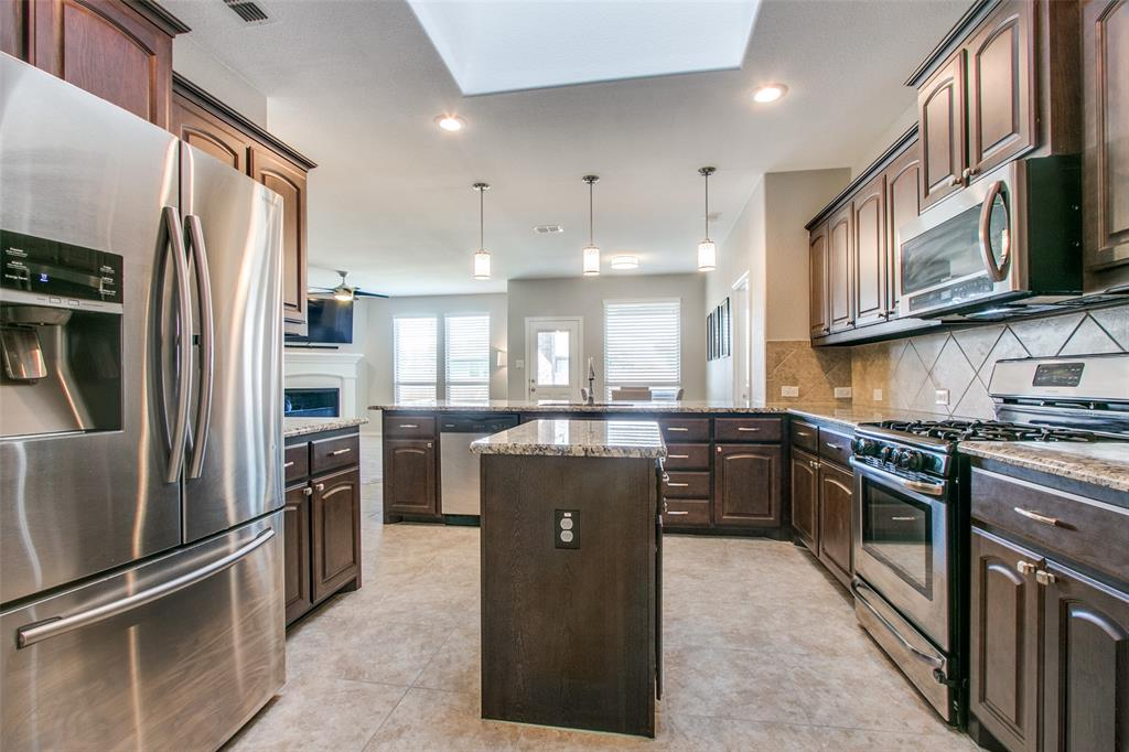 2744 Albatross Lane, Fort Worth, Texas 76177 - acquisto real estate best realtor westlake susan cancemi kind realtor of the year