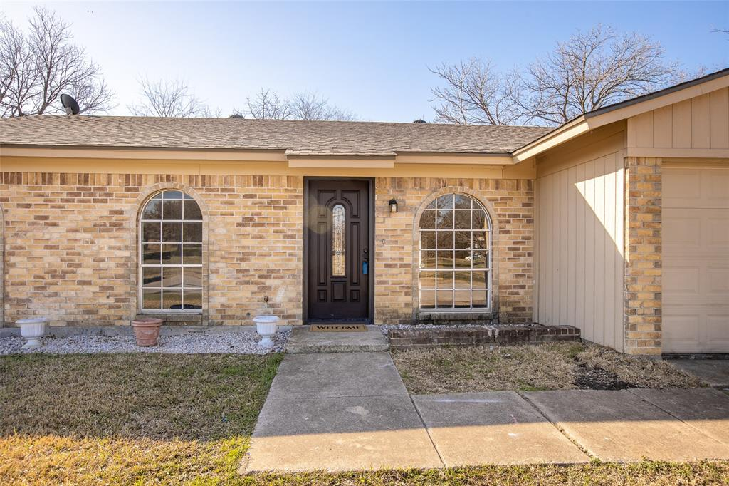 10125 Peppertree Lane, Fort Worth, Texas 76108 - acquisto real estate best the colony realtor linda miller the bridges real estate
