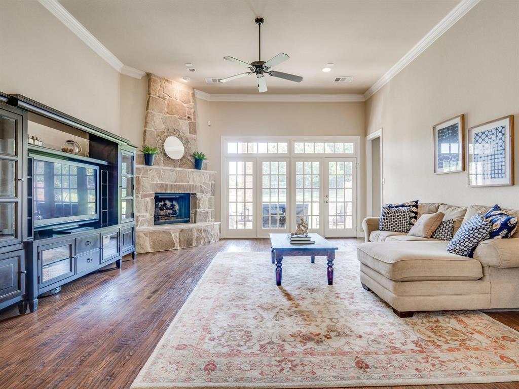 9105 Cypress Creek Road, Lantana, Texas 76226 - acquisto real estate best real estate company to work for
