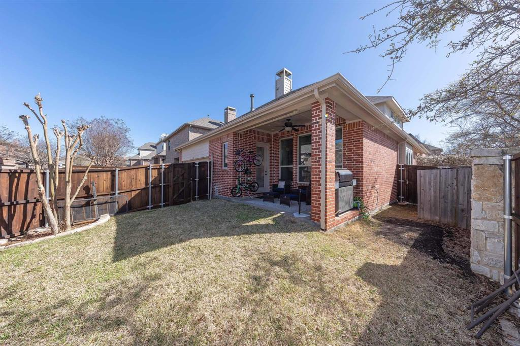 2343 Silver Trace Lane, Allen, Texas 75013 - acquisto real estate best park cities realtor kim miller best staging agent