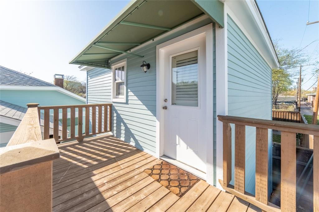 1325 Fairmount Avenue, Fort Worth, Texas 76104 - acquisto real estate best looking realtor in america shana acquisto