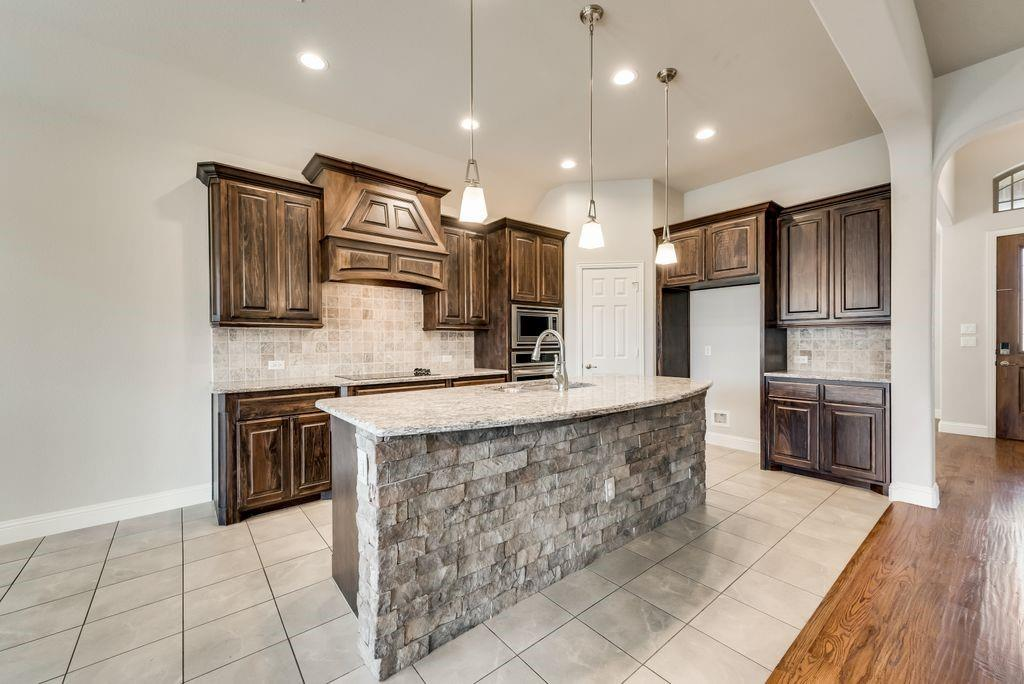 420 Foxtail Court, Waxahachie, Texas 75165 - acquisto real estate best real estate company to work for