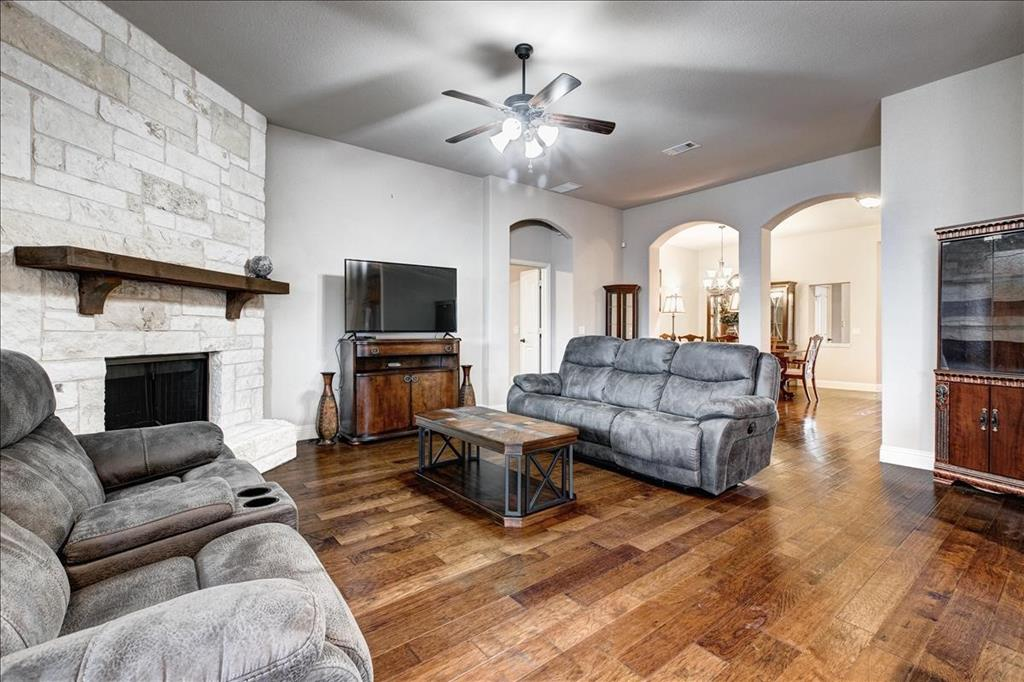 5820 Park View  Drive, Midlothian, Texas 76065 - acquisto real estate agent of the year mike shepherd