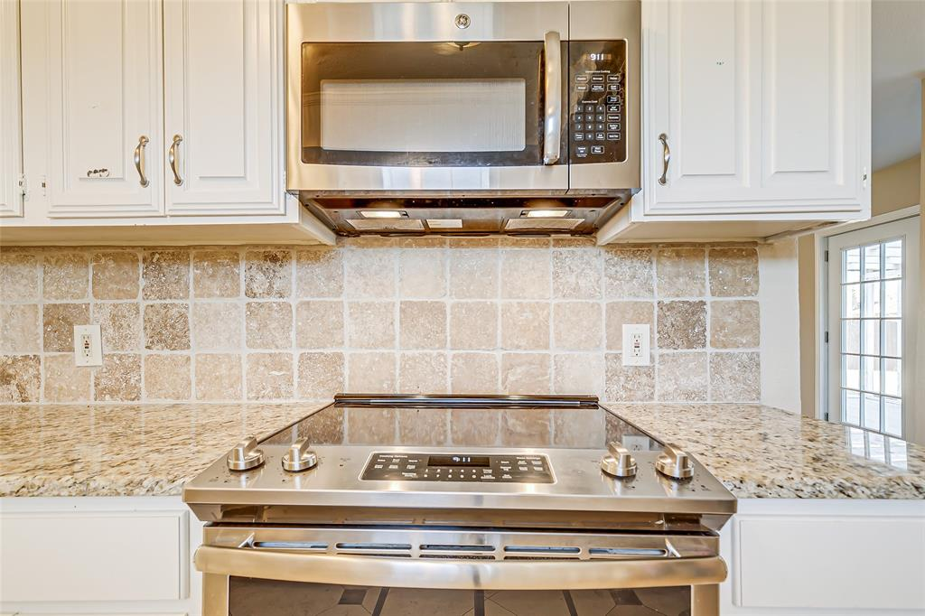 2109 Via Estrada Carrollton, Texas 75006 - acquisto real estate best frisco real estate broker in texas for high net worth buyers