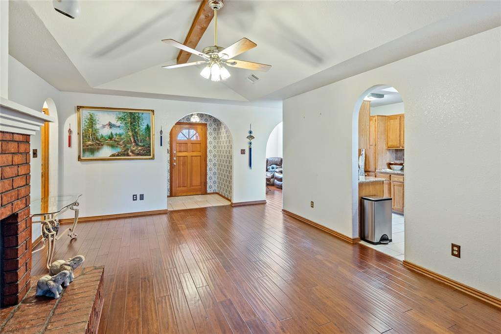 7928 Clear Brook Circle, Fort Worth, Texas 76123 - acquisto real estate best highland park realtor amy gasperini fast real estate service