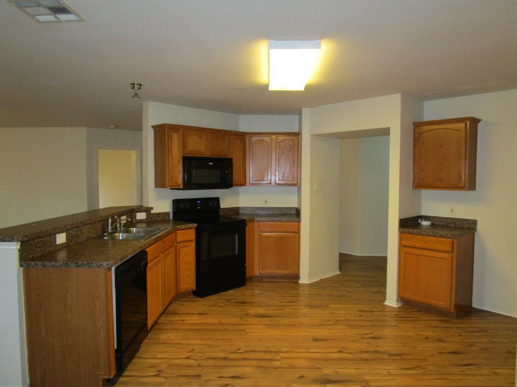 2050 Old Glory Lane, Heartland, Texas 75126 - acquisto real estate best designer and realtor hannah ewing kind realtor