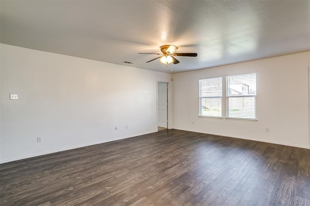 1261 Boxwood Lane, Burleson, Texas 76028 - acquisto real estate best investor home specialist mike shepherd relocation expert