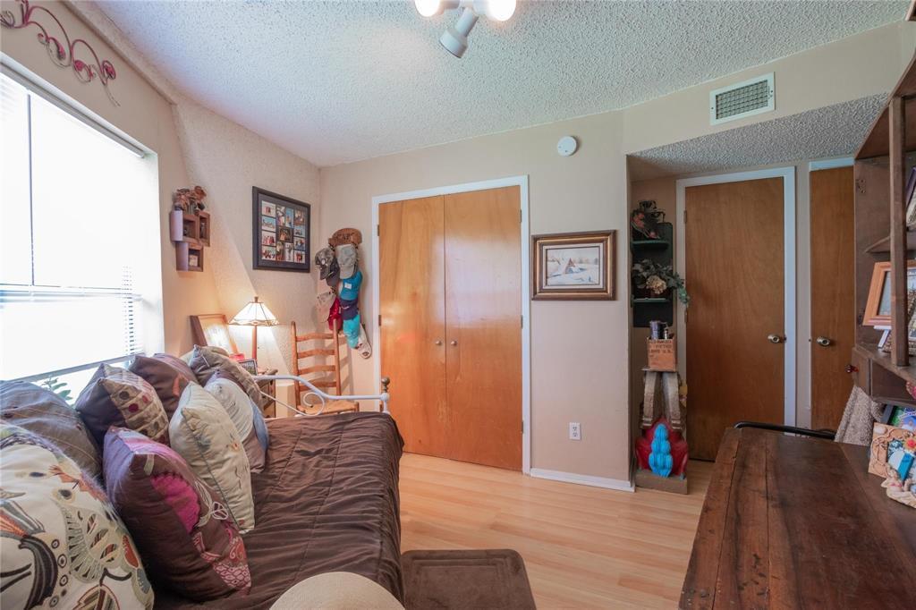 1110 Lakeshore  Boulevard, Oak Point, Texas 75068 - acquisto real estate best designer and realtor hannah ewing kind realtor