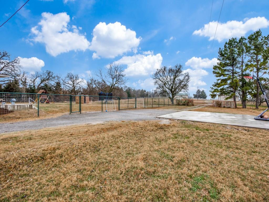 1690 Davy Lane, Denison, Texas 75020 - acquisto real estate best frisco real estate broker in texas for high net worth buyers