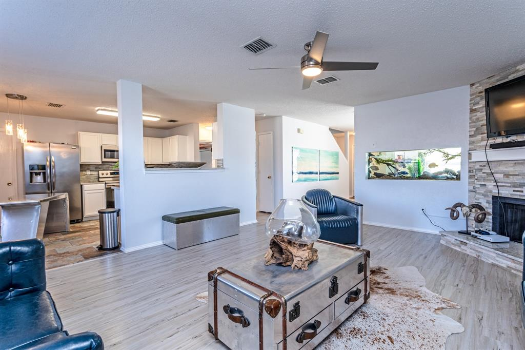1401 Daisy Drive, Lancaster, Texas 75134 - acquisto real estate best real estate company in frisco texas real estate showings